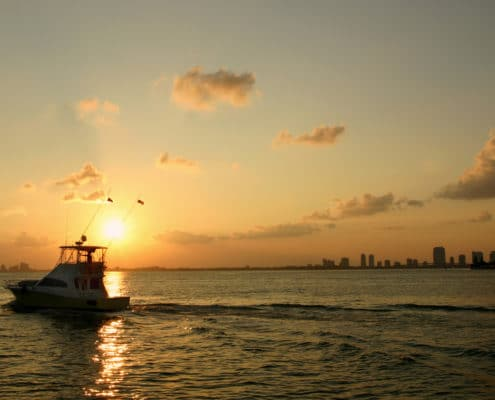 Jupiter fishing charters near me go fish with the native for Sport fishing near me